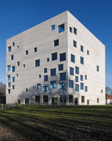 金沢21世紀美術館に行ってきたついでにSANAAの美しい建築について語ります
